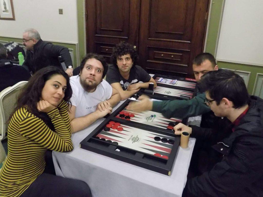 Serkan Koç (ortada) - Tavlanın genç yüzleri
